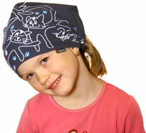 Dětský pirát trojúhelníkový šátek tmavě modrý vzor Kočky
