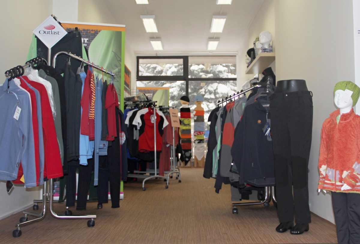 84495c0b659 Prodejna sportovního oblečení Infit sport shop Šumperk